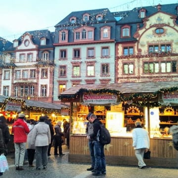 ライン川のクリスマスマーケット<br/>Rhine Holiday Markets
