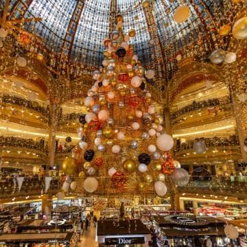 パリジャンのロイヤルクリスマス<br/>Parisian Royal Holiday